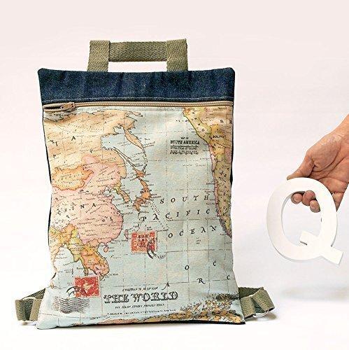 mochila con mapamundi vintage